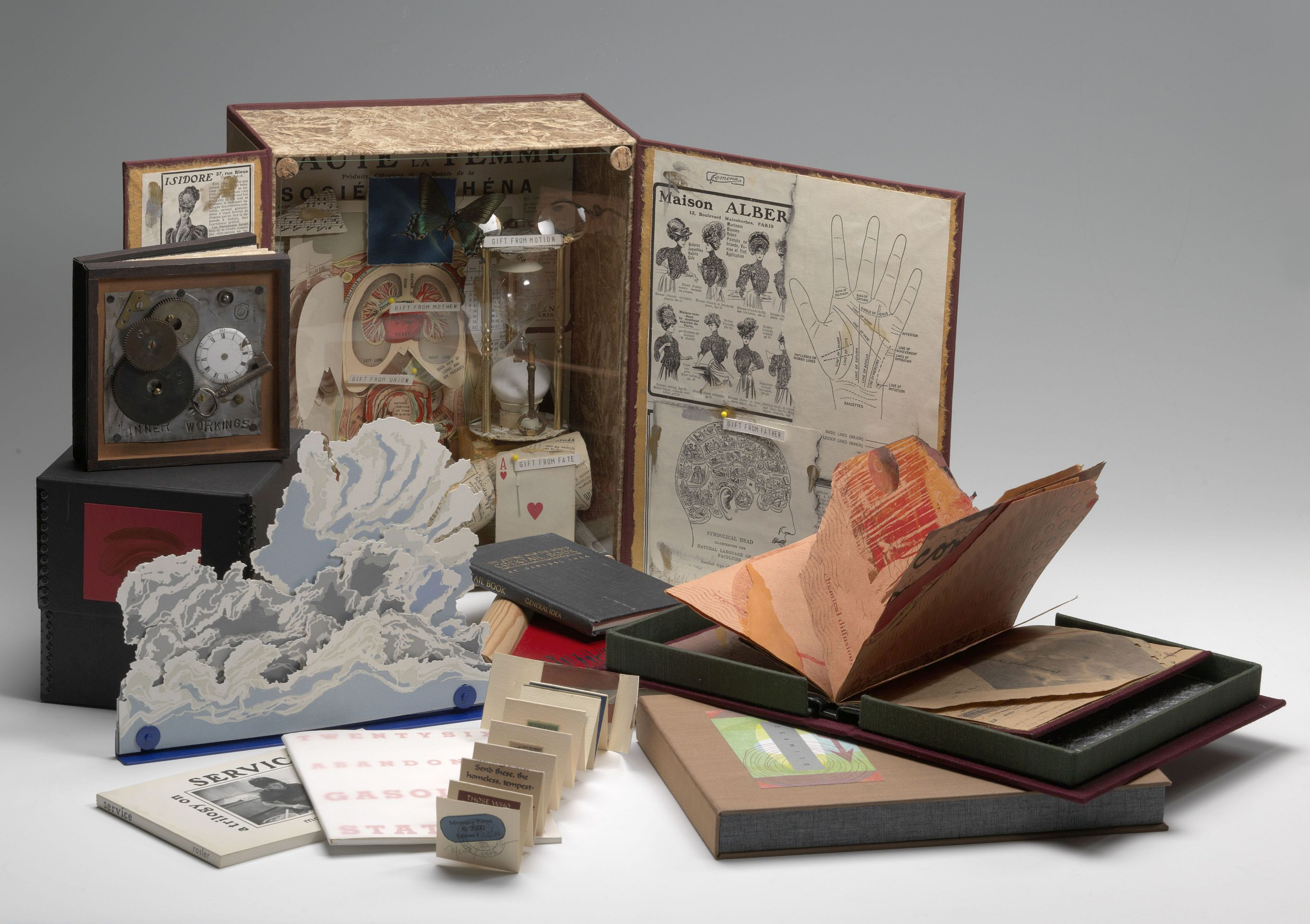 The Smithsonian Libraries Artists' Books Collection Online