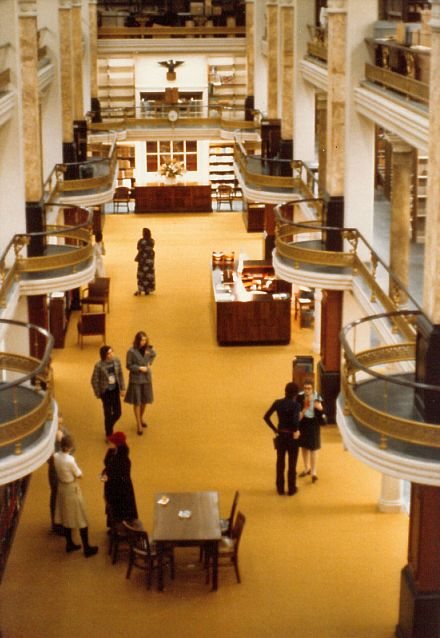 AA/PG Library 1975