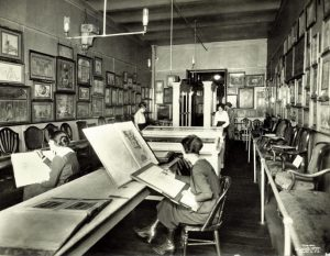 Photo of students in the Decloux room, 1920. Photo courtesy of the Cooper Hewitt, Smithsonian Design Museum.
