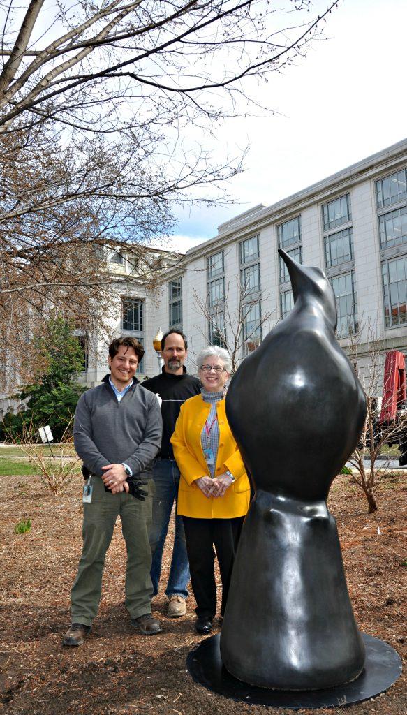 Lost Bird Passenger Pigeon with Susan
